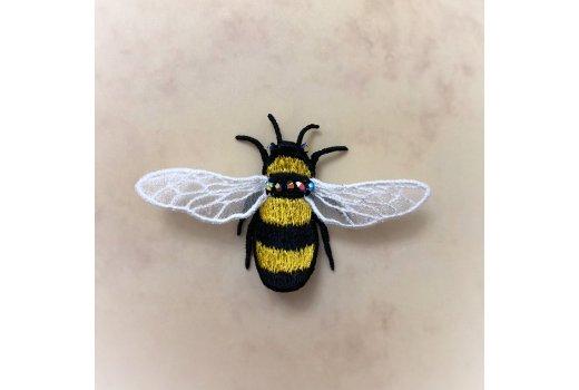 Вышивка и изготовление Броши Пчела