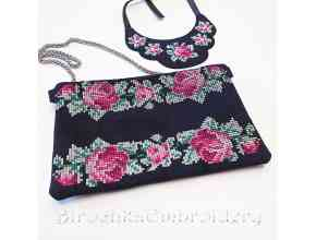 Set of designs in the hoop Clutch and necklace with cross-stitch roses