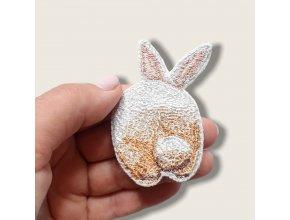 """Миниатюрный реалистичный дизайн брошь, брелок или патч """"Попа кролика"""""""